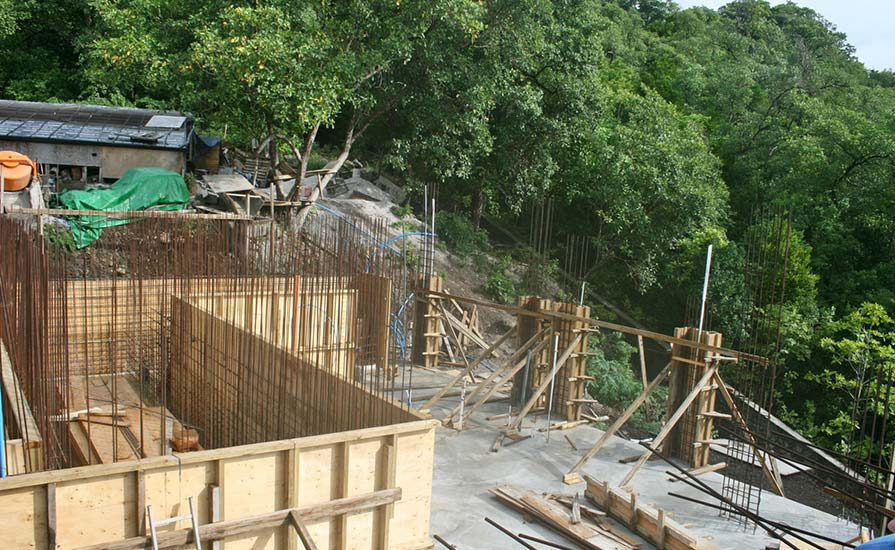 140-Plywood-formwork-for-the-watertanks-and-columns
