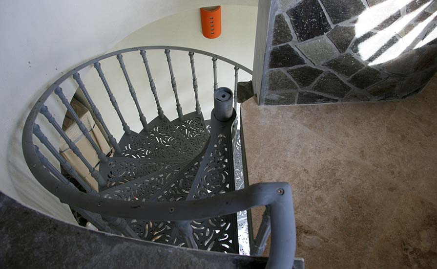 250-The-Spiral-staircase-going-down-to-the-laundry-room
